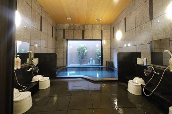 大浴場(人工温泉)