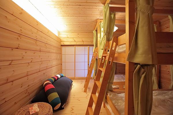 2段ベッドタイプ4人部屋[MOKU]
